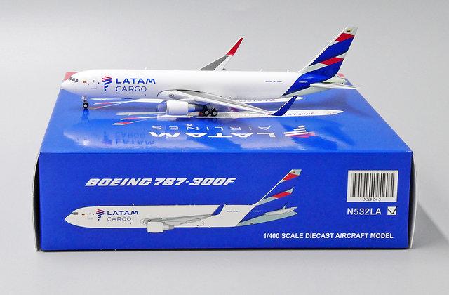 LATAM Cargo B767-300F(ER) Reg: N532LA JC Wings Scale 1:400 Diecast XX4245