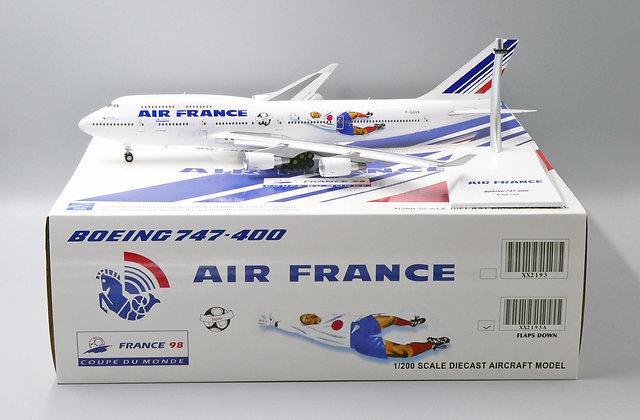 Air France B747-400 Reg: F-GEXA FlAP DOWN Version JC Wings 1:200 Diecast XX2193A