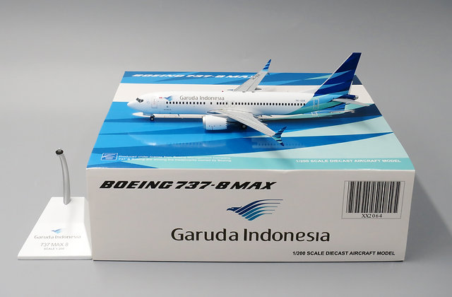 Garuda Indonesia B737-8MAX Reg: PK-GDA Scale 1:200 JC Wings Diecast XX2064