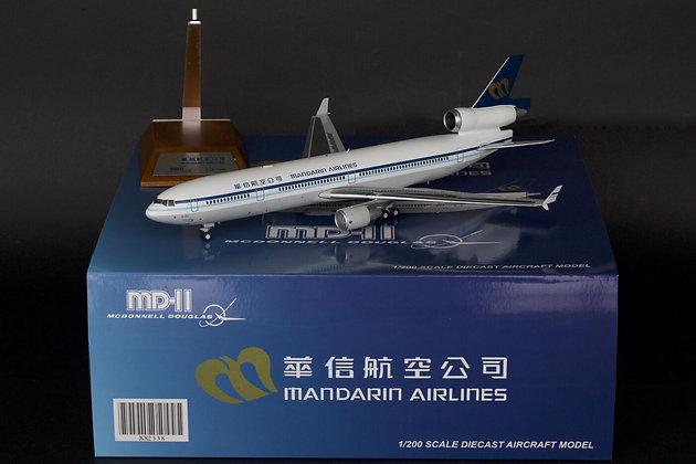 Mandarin Airlines MD-11 Reg: B-152 JC Wings 1:200 Diecast Models XX2338