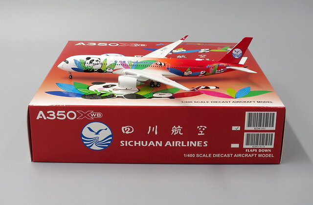 Sichuan A350-900 Reg:B-301D With Aircraft tug truck Scale 1:400 KD4101
