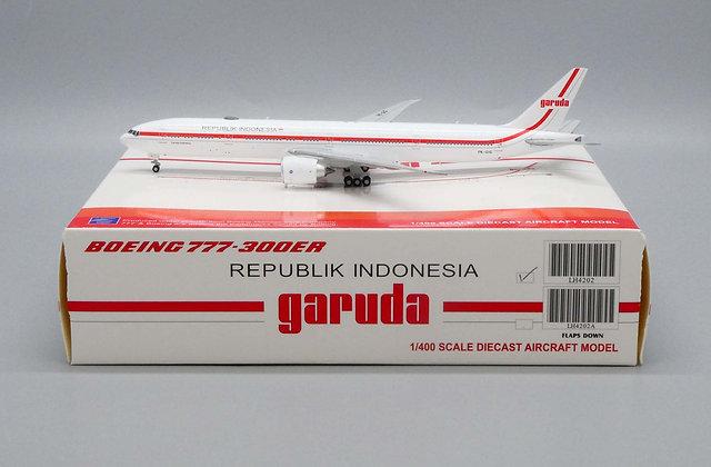 Garuda Republik Indonesia B777-300ER PK-GIG JC Wings Scale 1:400 Diecast LH4202