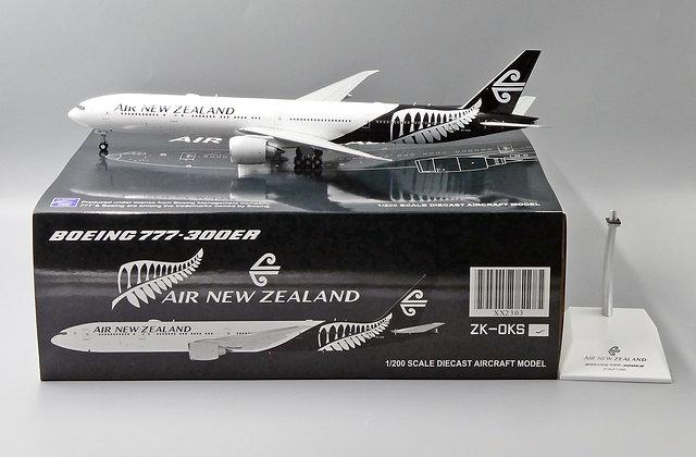 Air New Zealand B777-300ER Reg: ZK-OKS JC Wings Scale 1:200 Diecast Model XX2303