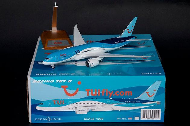 Arke Boeing 787-8 Dreamliner Reg: PH-TFM JC Wings 1:200 Diecast Models LH2005