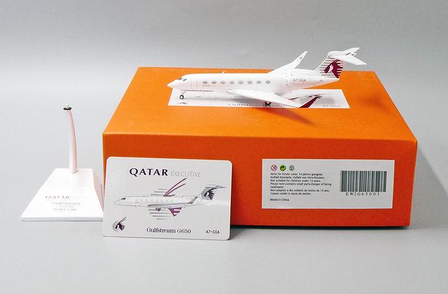 Qatar Airways G650 Reg: A7-CGA JC Wings Diecast model Scale 1:200 EW2G65003
