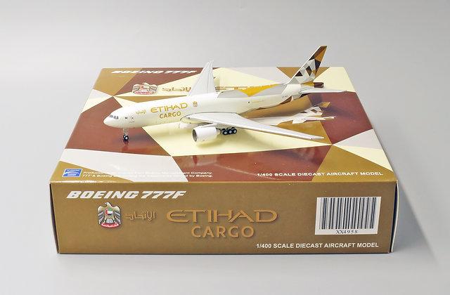 Etihad Cargo B777F Reg: A6-DDD JC Wings Scale 1:400 Diecast moel XX4958