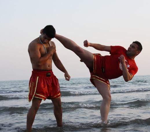 Kickboxen K1 Ümit Kalkan iska
