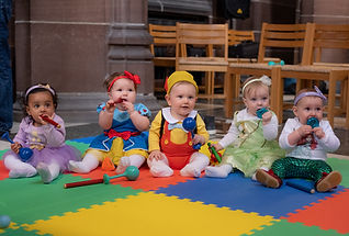 Liverpool Cathedral, Liverpool, baby photographer, toddler, music class