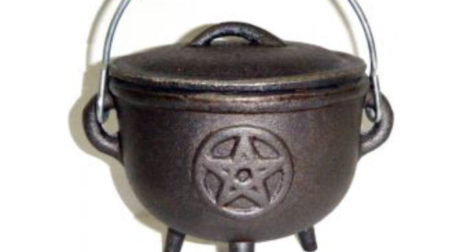4.5 inch Cauldron