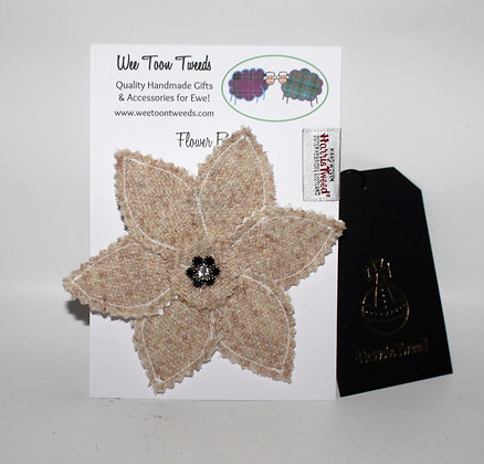 Cream/Oatmeal Flower Brooch Style 1