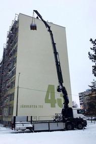 Tõstetööd-kortermaja-renoveerimistöödel