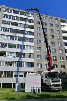 Tõstetöö-kortermaja-katusele