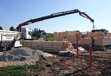 Veoteenus-koos-tõstetöödega-maja-ehitusel.jpg