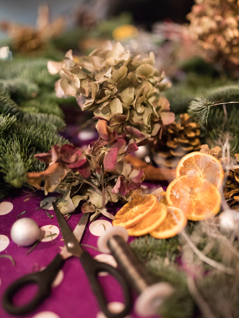 Tradtional Christmas Wreath Decorations
