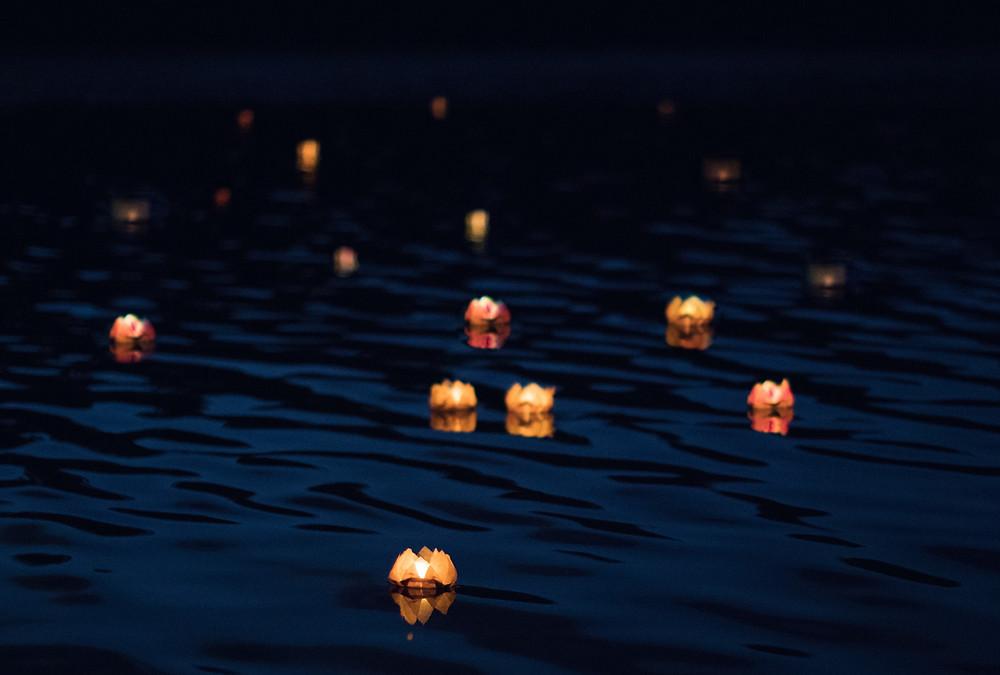 Lanterns on The Lake, Wentworth Falls