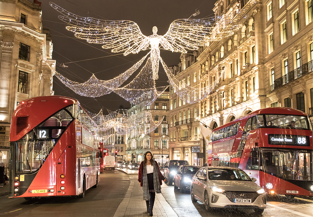 Walking the City Streets of London at Christmas