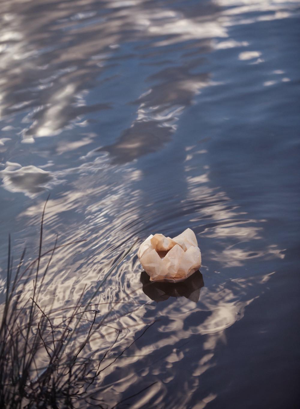 Lantern Floating, Wentworth Falls