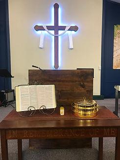 cross-&-pulpit.jpg
