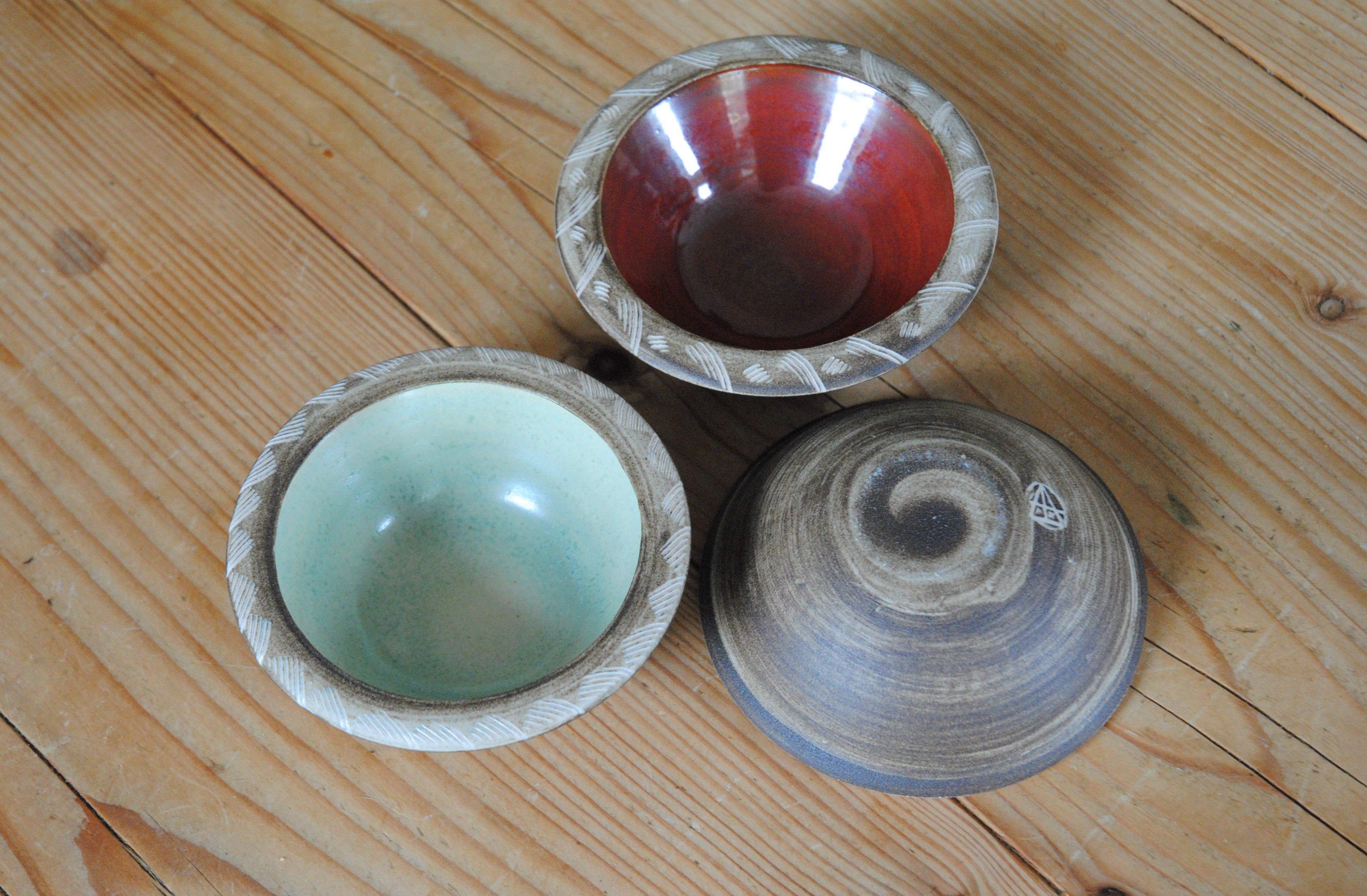 Tiny decorated bowls