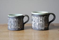 Small mug and smaller mug