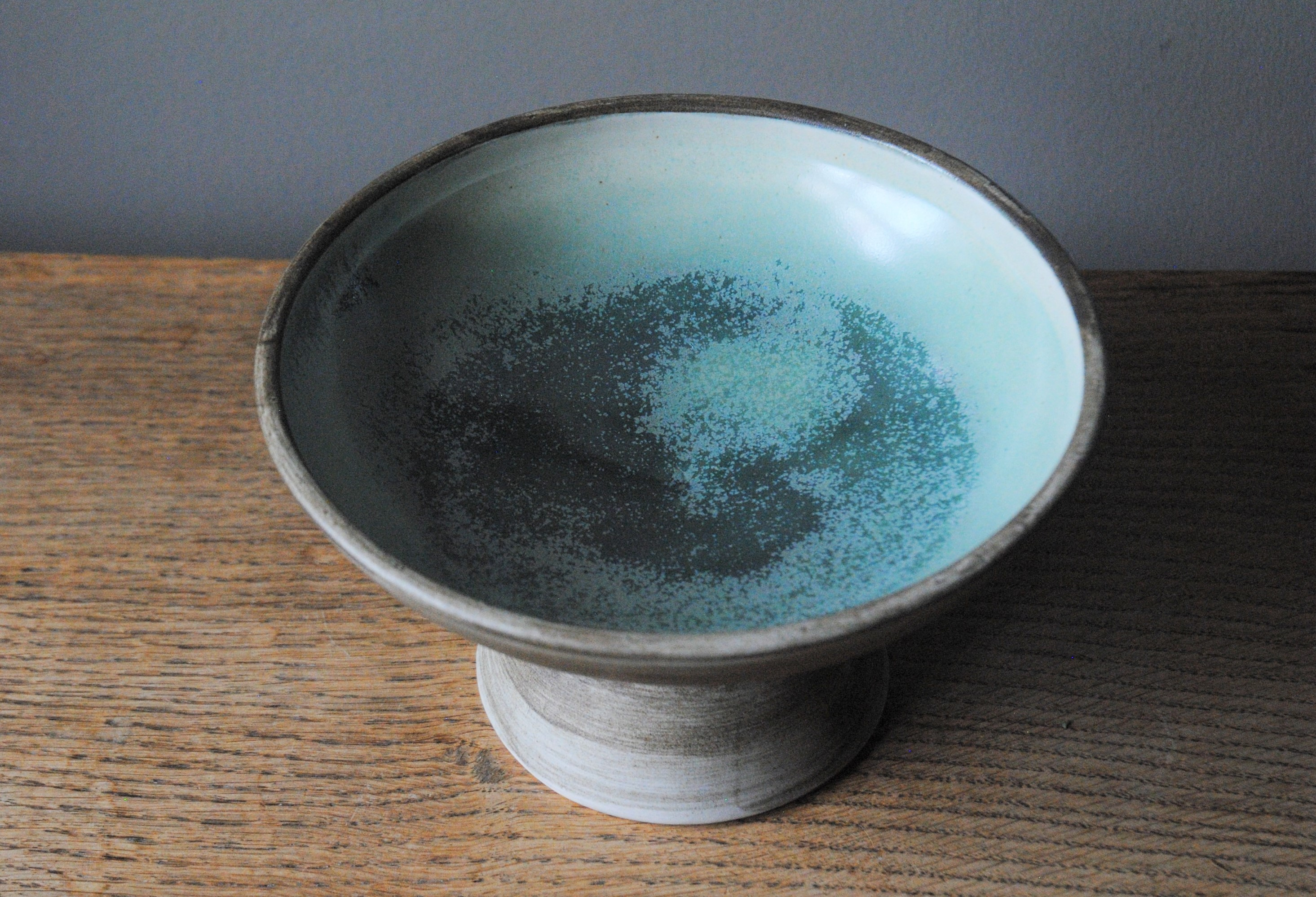 Pedestal bowl 1 - inside