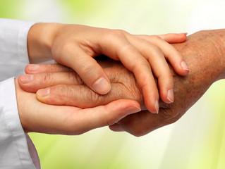 """Почему пансионат для пожилых людей """"Доброе Дело"""" лучше, чем уход на дому?"""