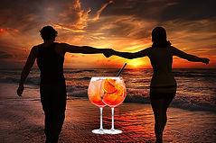 aperitivo-tramonto-coppia.jpg