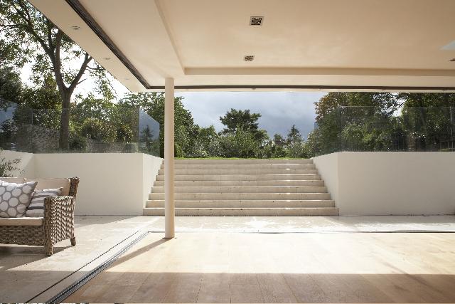 Full refurbishment of large house