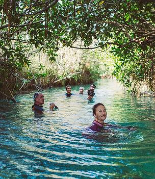 Sian Ka'an Muyil- Experiencias de un dia- Reserva de la biosfera de sian ka'an- arqueologia mesoamericana- Muyil rutas antiguas de intercambio- Ecologia de selva y humedales de agua dulce- Flotar en rio de corriente lenta- Yucatan- Tulum