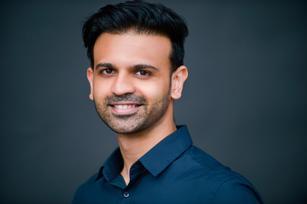 Neeraj Ganvir Headshot.jpg