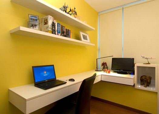 home-office-in-apartment-Singapore-790x5