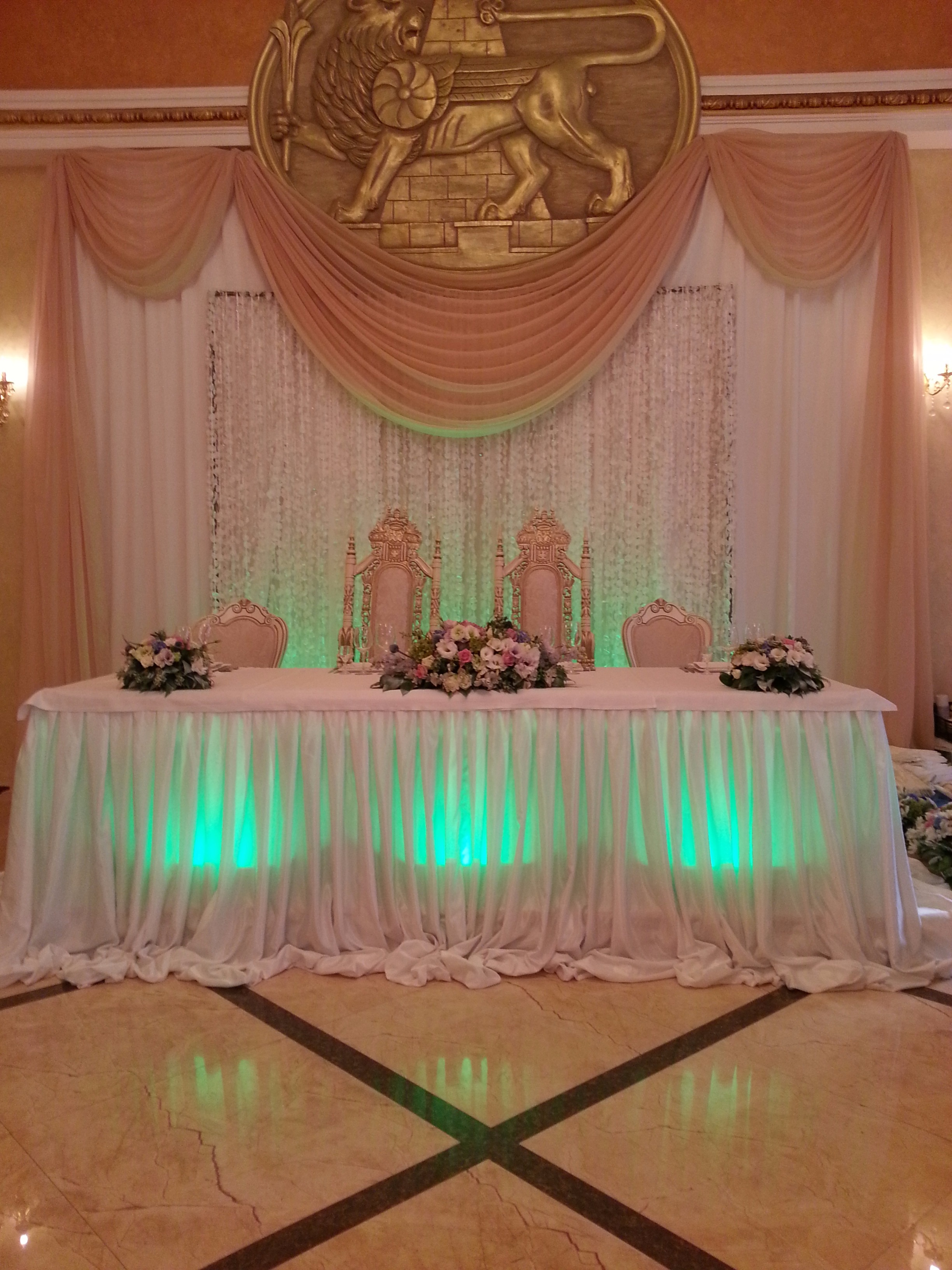 Свадебный стол фото.