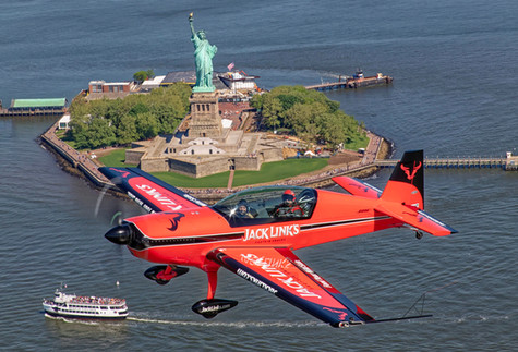 Jack Link's Extra 300L and the Statue of Liberty