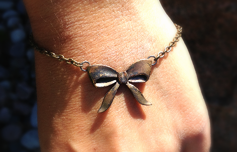 Bronze Bow Bracelet