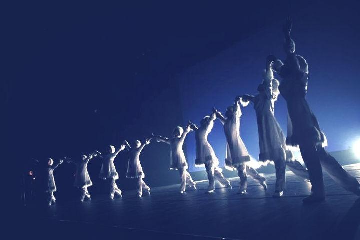 オーロラの踊り
