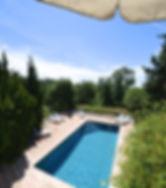 La Tierra pool.jpg