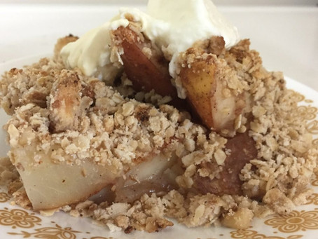 Guest Post: Autumn Pear Crisp by Maple Valley
