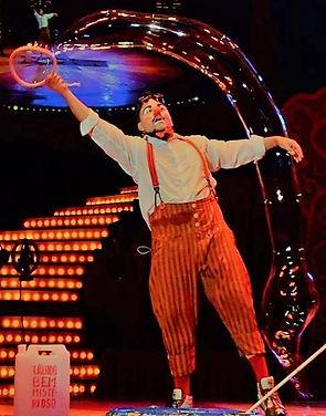 bolhas gigantes, show de bolhas, bolhas de sabão gigantes, rio de janeiro, aniversário, um ano, bubble clown, circo