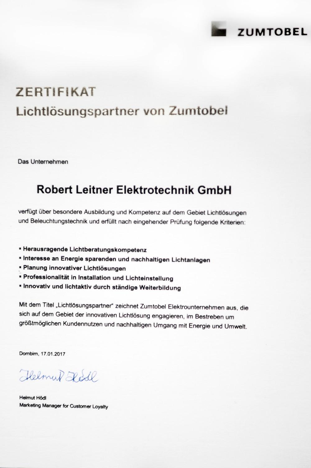 Zertifikat Lichtlösungspartner von Zumtobel