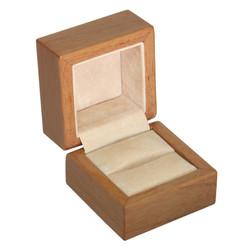 Глянцевая шкатулка под кольцо