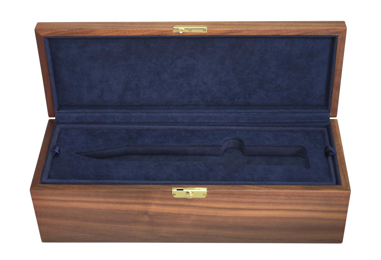 Шкатулка для хранения ножа