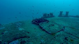 épaves sous-marines de barges en corse