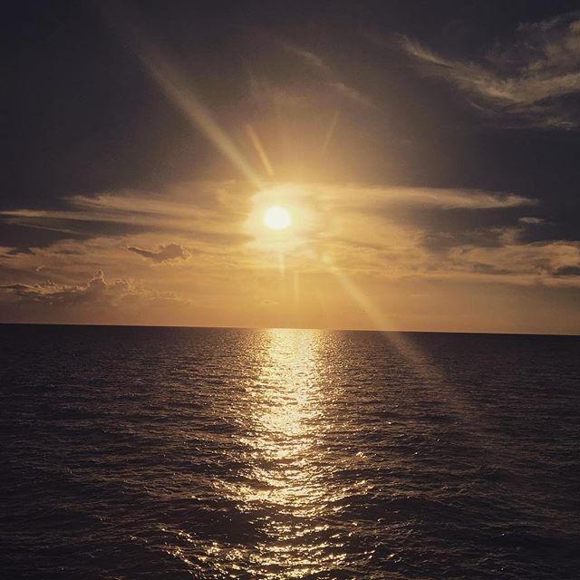 #Sunset over #lakepontchartrain