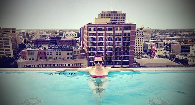 #pool #infinitypool #nola #neworleans #summer #centralbusinessdistrict #travel #travelgram