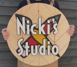 Nickis Studio logo