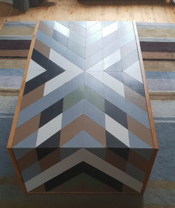 Geometric table 5