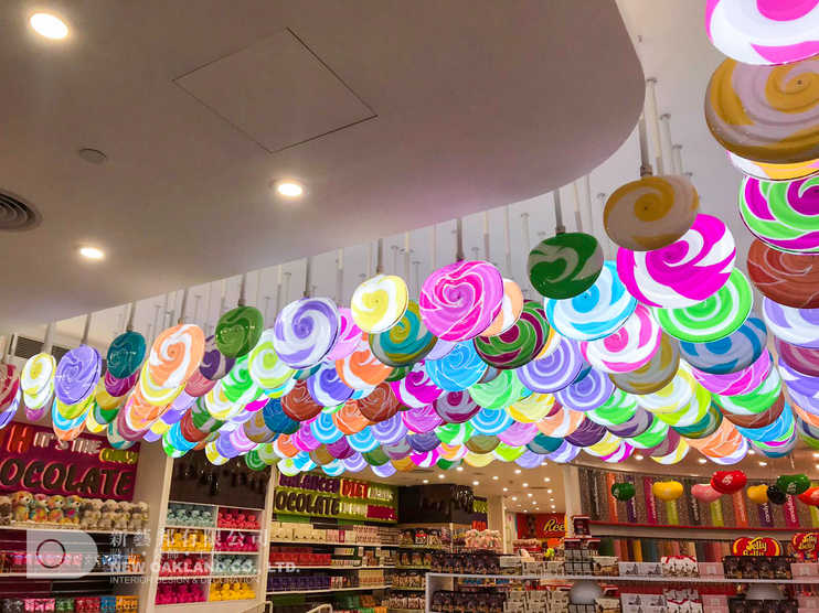 Ceiling decoration - Candylicious, The P
