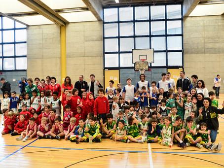 Grandi sorrisi e tanti canestri alle SM di Morbio per l'Easy Basket