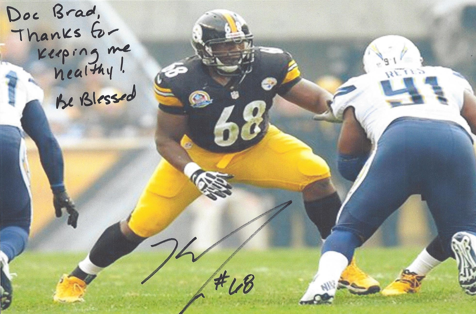 Kelvin Beachum #68 of the Pittsburgh Steelers