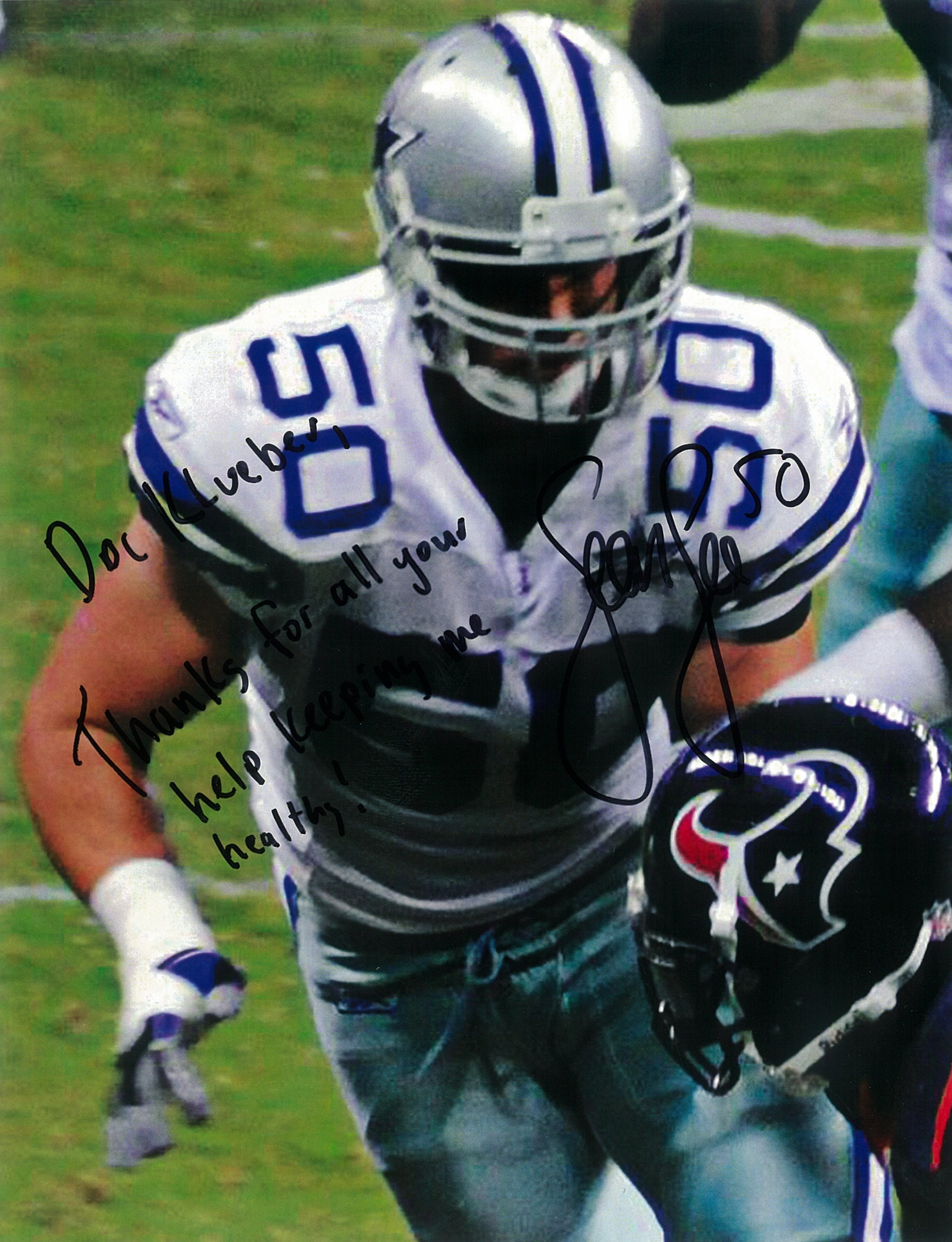 Sean Lee #50 of the Dallas Cowboys